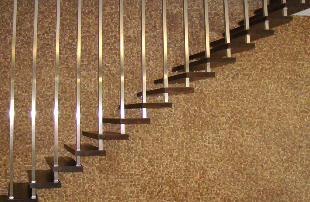 18SABLONA STAIRS 1225_800-1