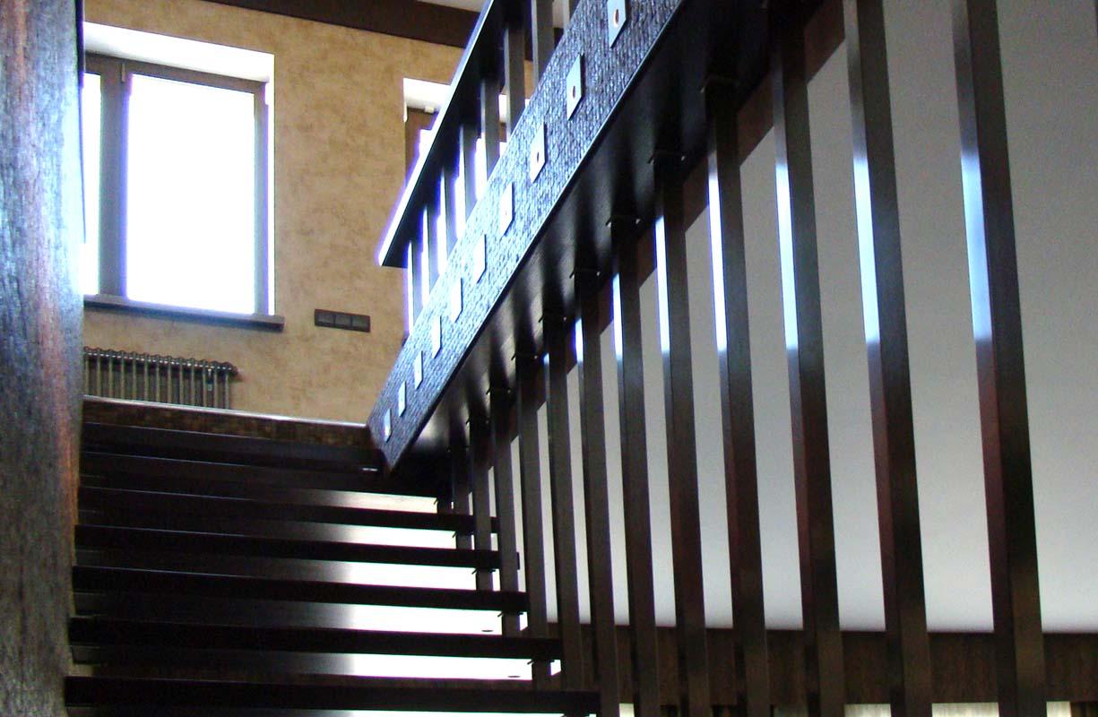 19SABLONA STAIRS 1225_800-4